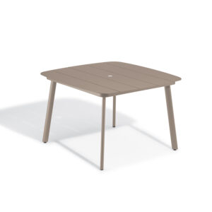Eiland 45″ Square Dining Table